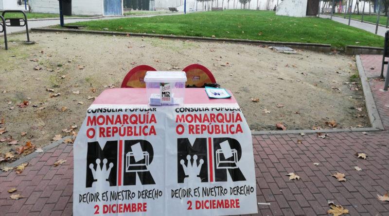 """<span class=""""dojodigital_toggle_title"""">Aplazada la Consulta Estatal sobre la Monarquía o República</span>"""